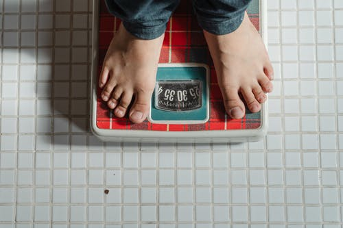 5 Negative Thoughts That are Sabotaging Your Weight Loss Journey